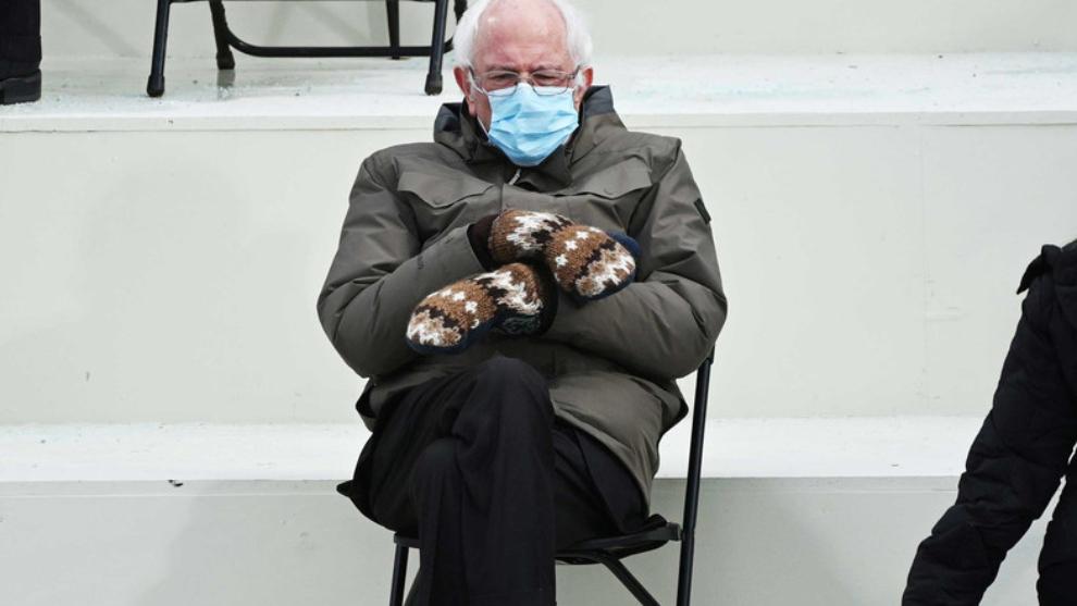 Mănușile lui Bernie Sanders