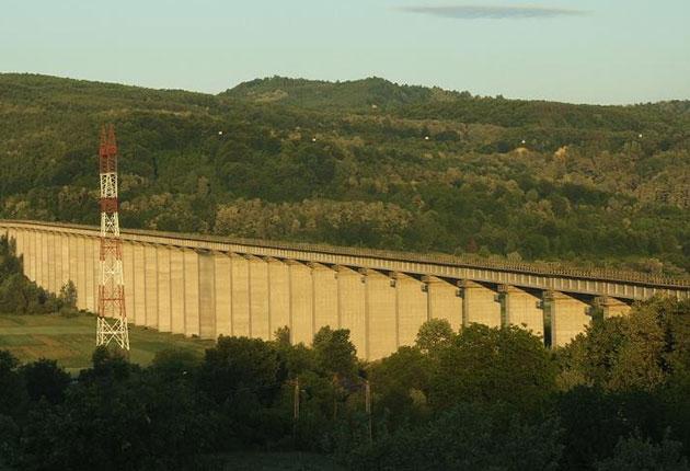 Calea ferată Vâlcele – Rm. Vâlcea, o utilitate națională