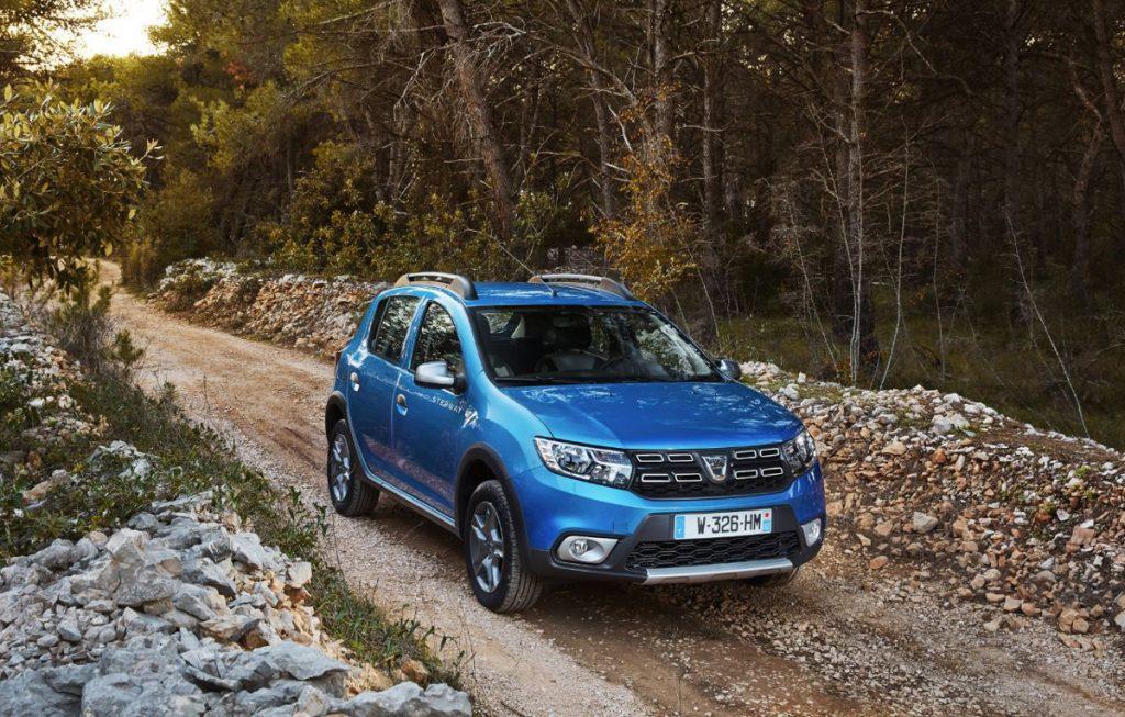 Dacia Sandero este noul lider al pieței auto din Spania detronând Seat Leon