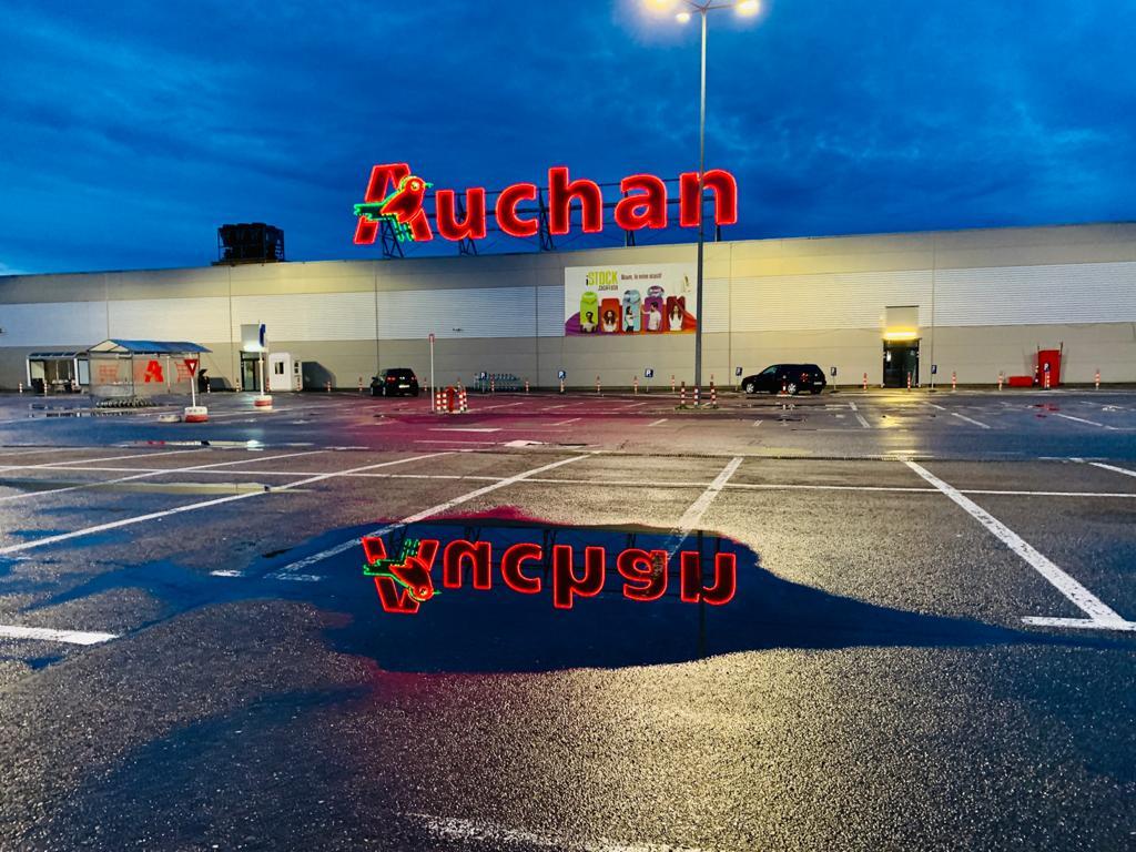 Auchan și Glovo parteneriat