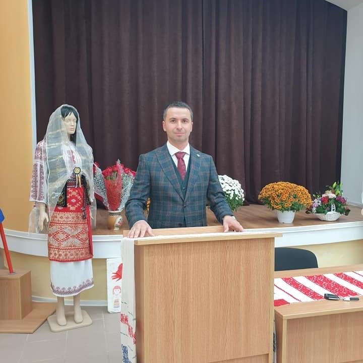 Oameni noi în administrația argeșeană – de vorbă cu primarul interimar al comunei Rociu, Claudiu Stan