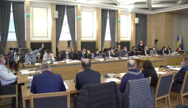 Consiliul Local Pitești ar merita să fie dizolvat