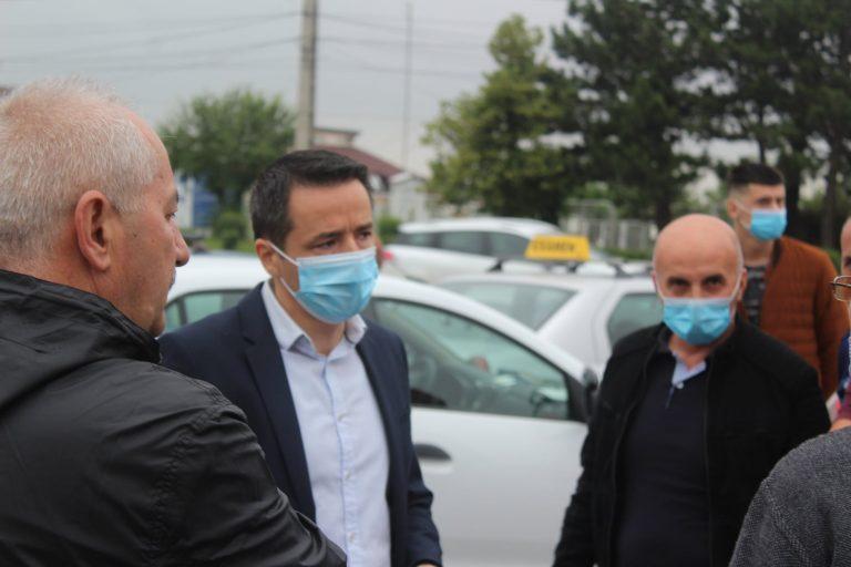 Școlile de șoferi și examinatorii au intrat în colimatorul prefectului de Argeș