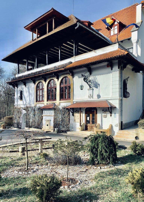 Brătienii s-au întors acasă, la Vila Florica
