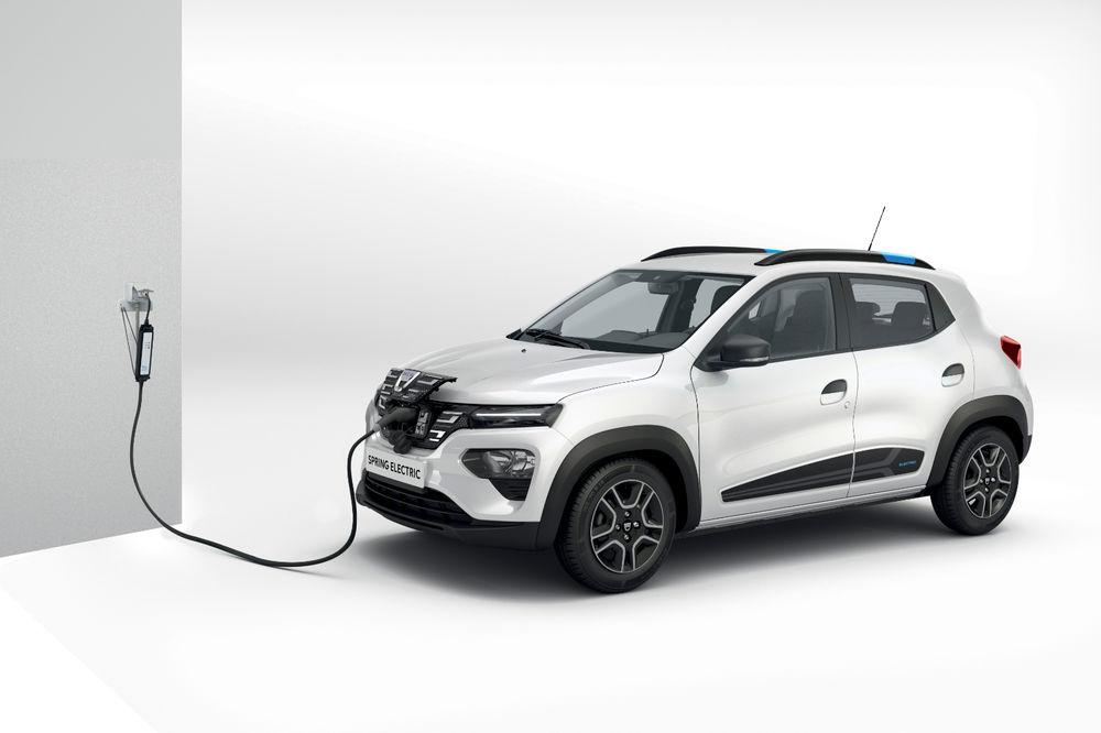 Precomenzi Dacia Spring