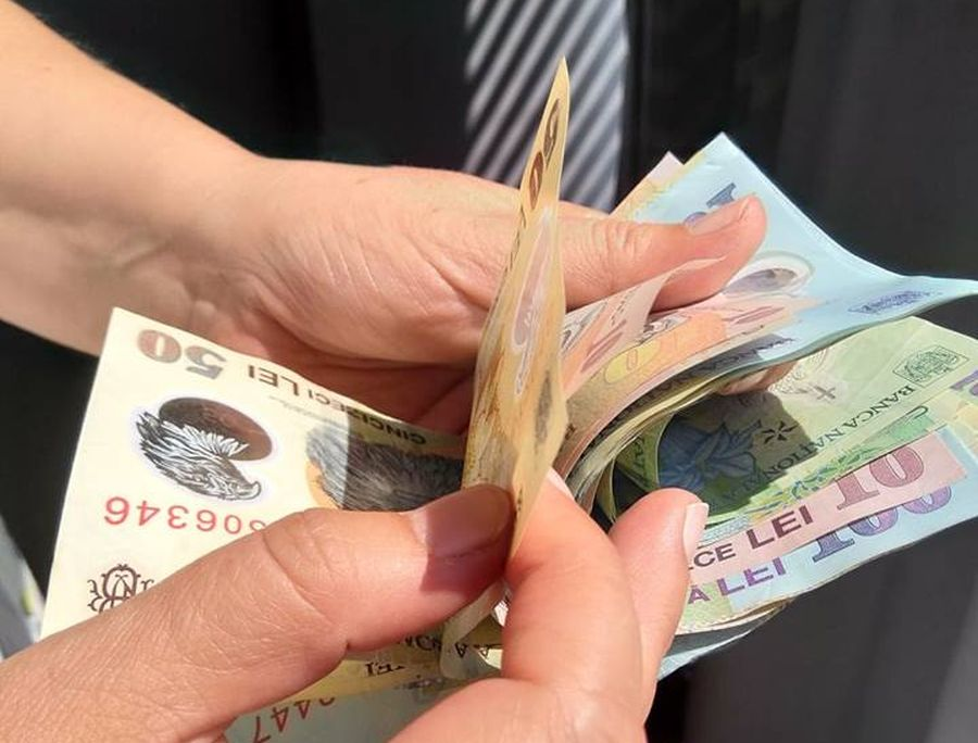 Avertizorii de integritate ar putea primi bani