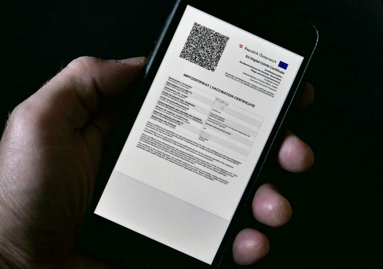 Certificatul digital Covid, disponibil de la 1 iulie
